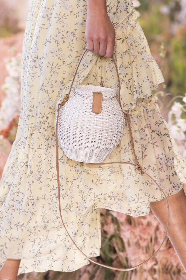 <p><i>White wicker basket bag from the SS18 Ulla Johnson collection. (Photo: ImaxTree) </i></p>