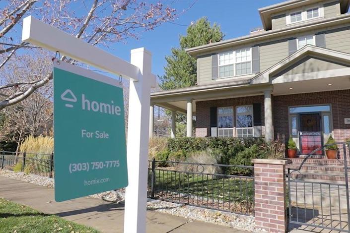 Homie currently works with buyers and sellers in the Southwestern U.S. but hopes to expand eastward soon.