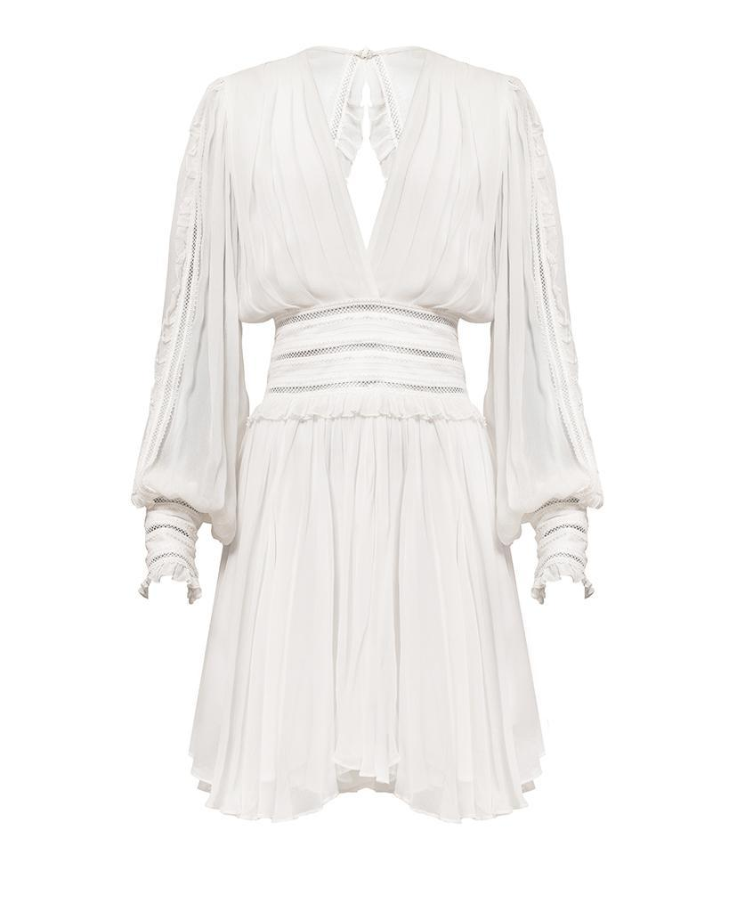 """<p>Prix : 465 euros</p><br><a href=""""https://magalipascal.eu/collections/french-dresses/products/eve-dress-off-white?variant=32239496560758"""" rel=""""nofollow noopener"""" target=""""_blank"""" data-ylk=""""slk:Acheter"""" class=""""link rapid-noclick-resp"""">Acheter</a>"""