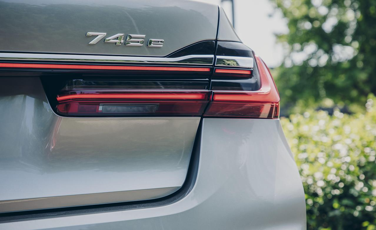 every-angle-of-the-2020-bmw-745e-xdrive-plug-in-hybrid