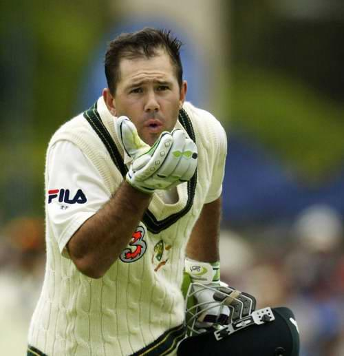 Ricky Ponting blows a kiss to his wife
