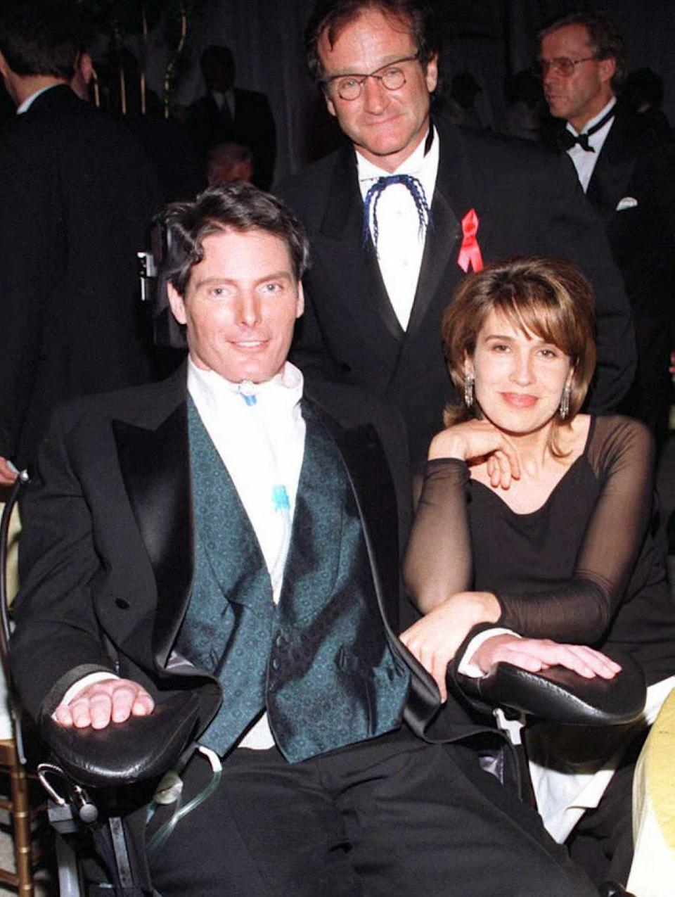 Actor Christopher Reeve (L), wife Dana (R) and Robin Williams (C) at the Governor's Ball after the 68th Annual Academy Awards. Vince Bucci/AFP/Getty Images