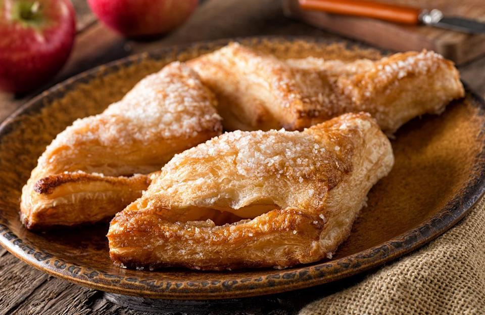 <p>Cameo apples don't brown quickly when cut, so they're ideally suited to fresh applications like salads and cheese boards. Their sweetness is enhanced and their texture holds up when cooked, so they're also great for pies, cobblers and pastries.</p>
