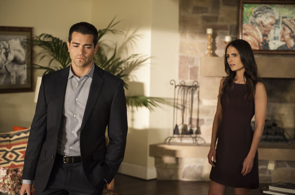 "Jesse Metcalfe and Jordana Brewster in the ""Dallas"" Season 2 episode, ""Legacies."""