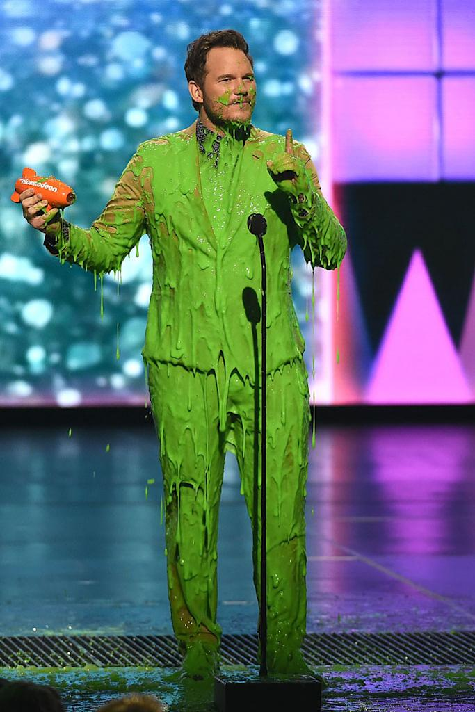chris pratt, celebrity style, slime, nickelodeon kids choice awards