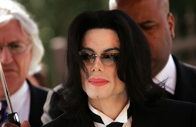 LOS ANGELES - APRIL 6: Singer Michael Jackson arrives to the funeral services for lawyer Johnnie L. Cochran, Jr. at the West Angeles Cathedral on April 6, 2005 in Los Angeles, California. (Photo by Frederick M. Brown/Getty Images)