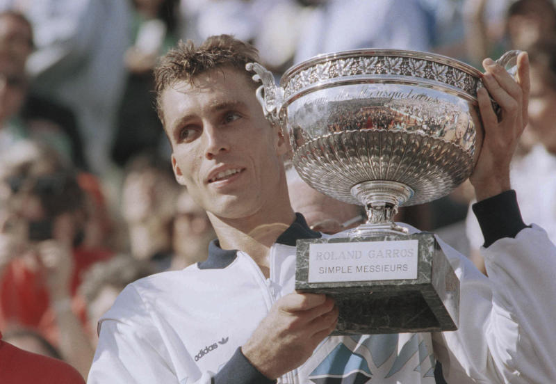 Analysis: Lendl's OK with underarm serves; we should be, too