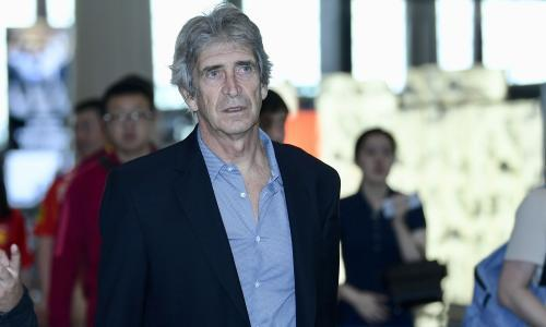 West Ham's Manuel Pellegrini mugged at gunpoint in Chile