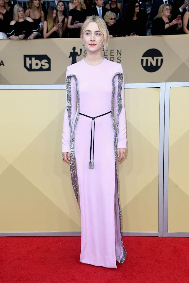 <p>The <em>Lady Bird</em> star looked lavish in a lavender dress with sequin trimming. (Photo: Getty Images) </p>