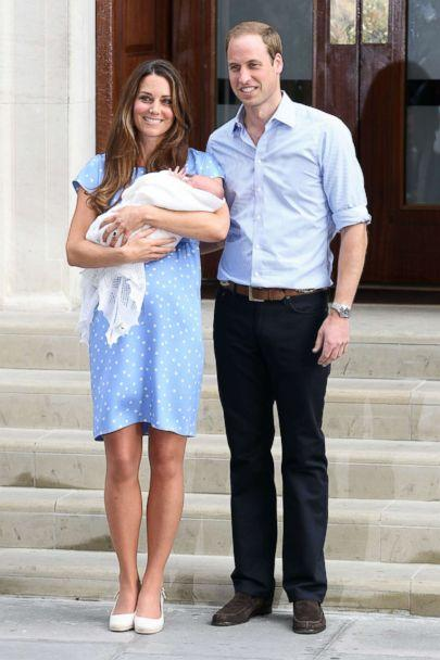 PHOTO: Prince William, Duke of Cambridge, Catherine, Duchess of Cambridge and their newborn son George depart St. Mary's Hospital on July 23, 2013 in London. (Neil P. Mockford/Getty Images)