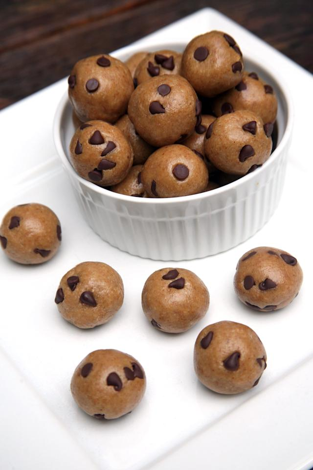 "<p>Made with just raw almonds, golden raisins, rolled oats, and dairy-free chocolate chips, each bite-size ball is soft, is super sweet, and <a href=""https://www.popsugar.com/fitness/Chocolate-Chip-Cookie-Dough-Balls-41871192"" class=""ga-track"" data-ga-category=""Related"" data-ga-label=""http://www.popsugar.com/fitness/Chocolate-Chip-Cookie-Dough-Balls-41871192"" data-ga-action=""In-Line Links"">tastes exactly like cookie dough</a>. </p> <p>Calories: 51 per ball </p> <p>Fiber: 0.9 grams </p> <p>Protein: 1.3 grams </p>"