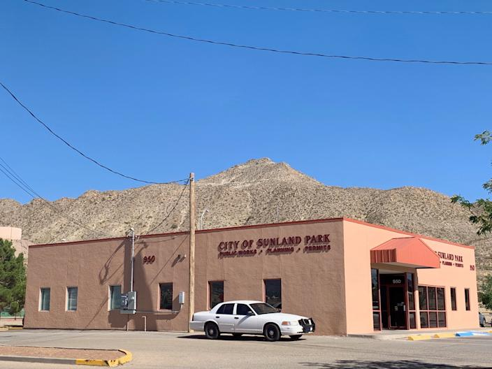 Sunland Park's public works, planning and permits office. (Photo: Caitlin Dickson/Yahoo News)