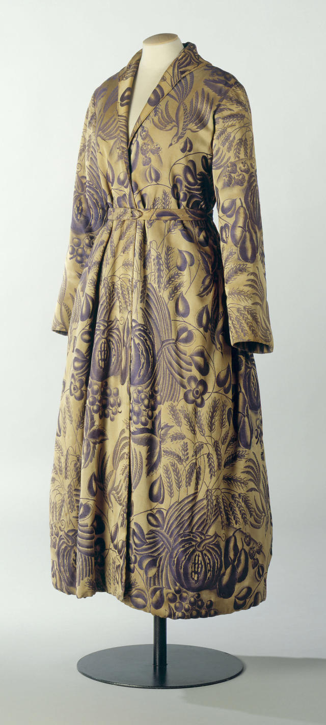 A dressing gown by Paul Poiret on display at the Musee de la Mode de la Ville de Paris at the Palais Galliera in Paris, late 20th century.  (Roger Viollet Collection via Getty Images)