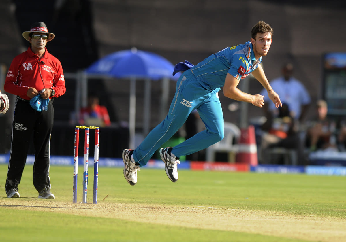 Mitchell Marsh of Pune Warriors bowls during match 22 of the Pepsi Indian Premier League ( IPL) 2013  between The Pune Warriors India and the Sunrisers Hyderabad held at the Subrata Roy Sahara Stadium, Pune on the 17th April  2013..Photo by Pal Pillai-IPL-SPORTZPICS ..Use of this image is subject to the terms and conditions as outlined by the BCCI. These terms can be found by following this link:..https://ec.yimg.com/ec?url=http%3a%2f%2fwww.sportzpics.co.za%2fimage%2fI0000SoRagM2cIEc&t=1503108766&sig=1kTE_OezaR6maGLYtTwEmw--~D