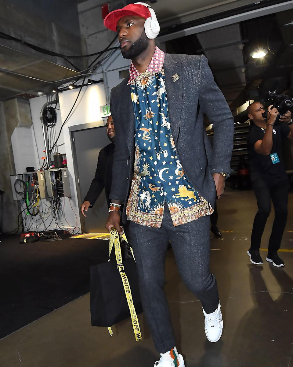 """<h1 class=""""title"""">October 23: LeBron James</h1> <div class=""""caption""""> Sure, the Lakers lost, but LeBron's incredible shirt won him the #BigFitoftheDay. </div> <cite class=""""credit"""">Getty Images</cite>"""