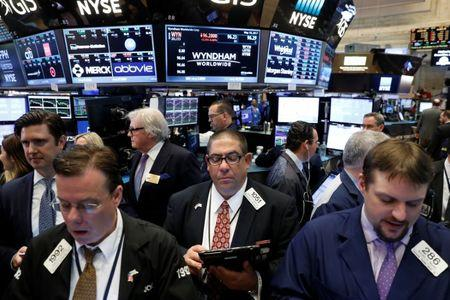 More pain for department stores pulls US stock indexes lower