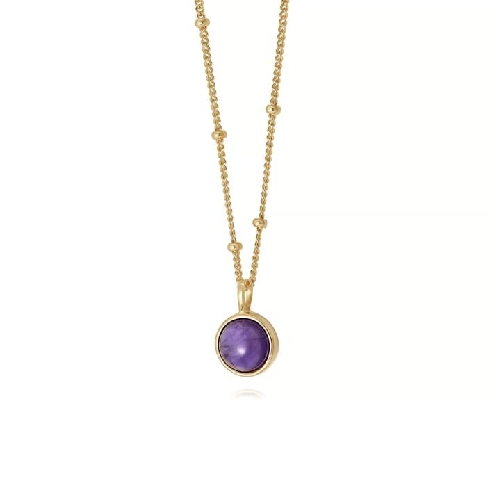 "<br> <br> <strong>Daisy</strong> Amethyst Healing Stone Necklace, $, available at <a href=""https://go.skimresources.com/?id=30283X879131&url=https%3A%2F%2Fwww.daisyjewellery.com%2Fproducts%2Famethyst-healing-necklace-gold"" rel=""nofollow noopener"" target=""_blank"" data-ylk=""slk:Daisy"" class=""link rapid-noclick-resp"">Daisy</a>"