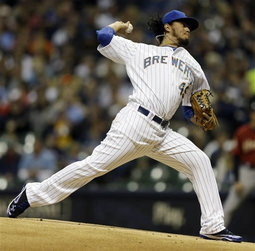 Milwaukee Brewers starting pitcher Yovani Gallardo throws to the Houston Astros during the first inning of a baseball game Friday, Sept. 28, 2012, in Milwaukee. (AP Photo/Jeffrey Phelps)