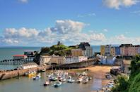<p>One of Wales' top seaside towns, Tenby is the perfect place to spend a few weeks in the summer. It might be a popular tourist destination, but it still has plenty of charm that makes it so special. </p>