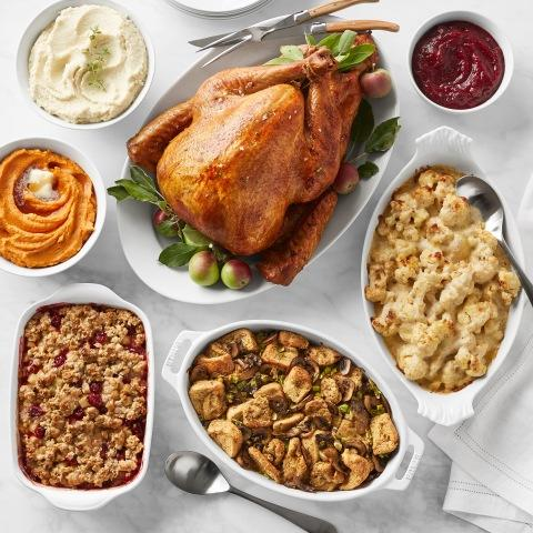 WILLIAMS SONOMA PARTNERS WITH MARTHA STEWART ON LAUNCH OF NEW THANKSGIVING FOOD PRODUCTS