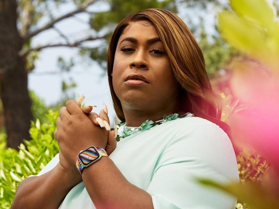 GLSEN board member and LGBTQ+ advocate, artist, and leader Dominique Morgan wears the new Pride Edition band (Apple)