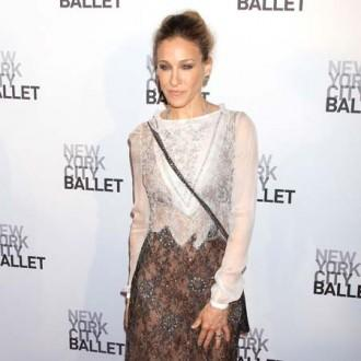 Sarah Jessica Parker 'pondering' Sex and the City 3