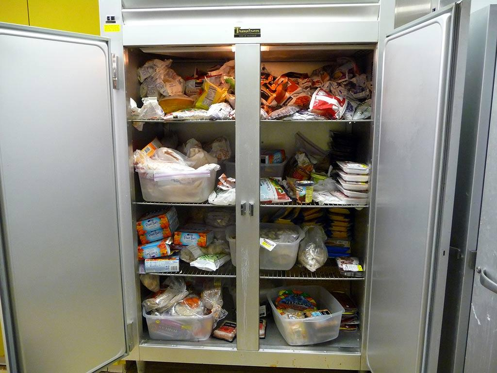 I think the producers thought I was weird because I wanted to see the fridge and freezer. The freezer is stocked with tons of healthy proteins (chicken, fish), as well as frozen fruits and veggies.