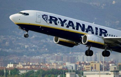Ryanair says Brussels to block Aer Lingus takeover bid