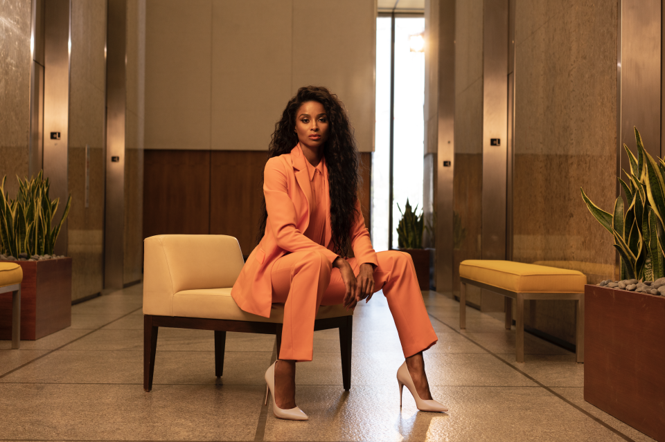 All hail the monochromatic power suit. (Photo: Kohl's)