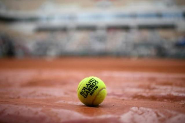 The French Open is the first Grand Slam to be affected by the coronavirus pandemic (AFP Photo/Martin BUREAU)