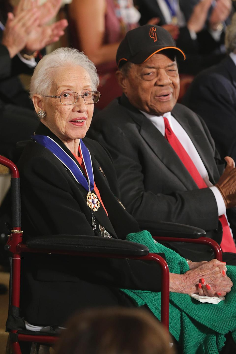Pioneering NASA mathematician Katherine Johnson (L) and Baseball Hall of Famer Willie Mays are presented with the Presidential Medal of Freedom during a ceremony at the White House Washington, DC, 2015. (Photo: Chip Somodevilla/Getty Images)