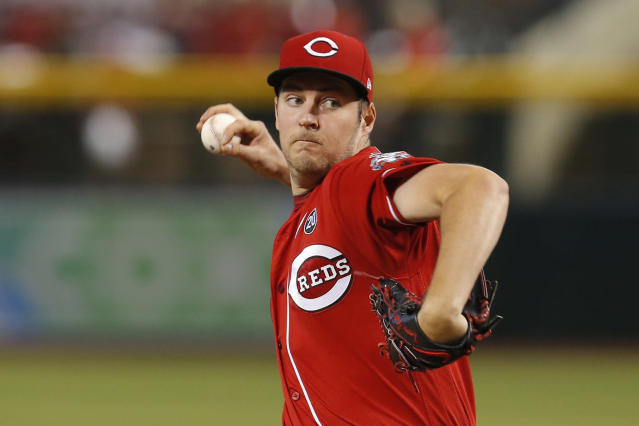 Cincinnati Reds pitcher Trevor Bauer throws against the Arizona Diamondbacks in the first inning during a baseball game, Sunday, Sept. 15, 2019, in Phoenix. (AP Photo/Rick Scuteri)