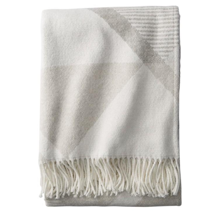 Serrado Throw Blanket (Photo: Nordstrom)