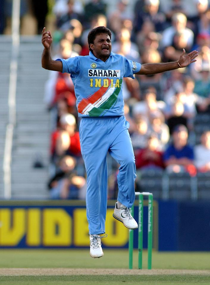 NEW ZEALAND - JANUARY 01:  India's Javagal Srinath celebrates the wicket of New Zealand Black Caps Nathan Astle for 32 in the third one day cricket international at Jade Stadium, Christchurch, New Zealand, Wednesday, Januray 1, 2003.  (Photo by Ross Setford/Getty Images)