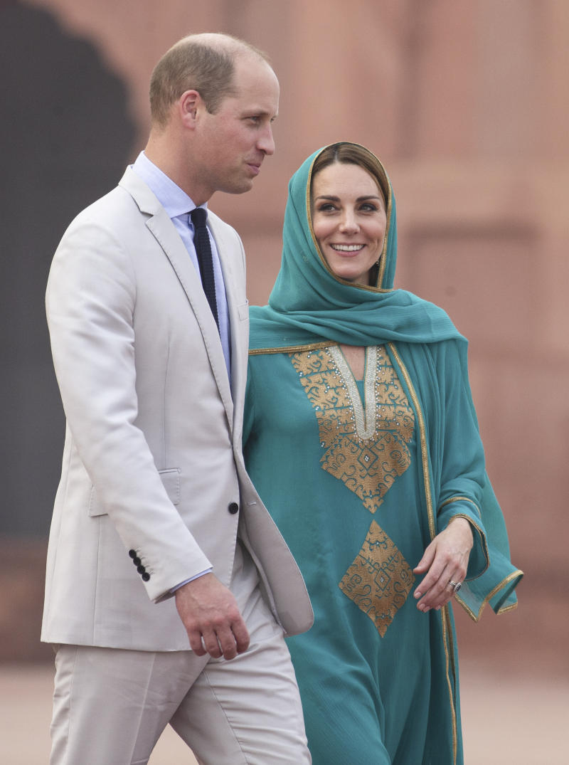 The Duke and Duchess of Cambridge are pictured during a visit to Badshahi Mosque, Lahore, on the fourth day of the royal visit to Pakistan. Source: Arthur Edwards/The Sun/PA Wire