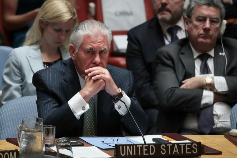 US Secretary of State Rex Tillerson has raised the possibility of closing the American mission in Cuba altogether over the mysterious attacks