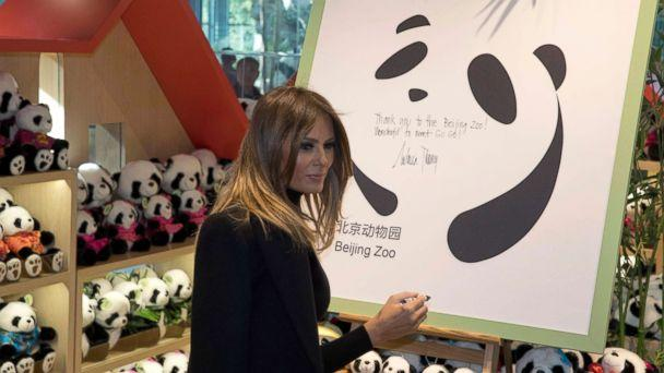 PHOTO: U.S. first lady Melania Trump leaves well-wishes on a board after visiting the Panda enclosure at the zoo in Beijing Friday, Nov. 10, 2017. (AP Photo/Ng Han Guan, Pool)