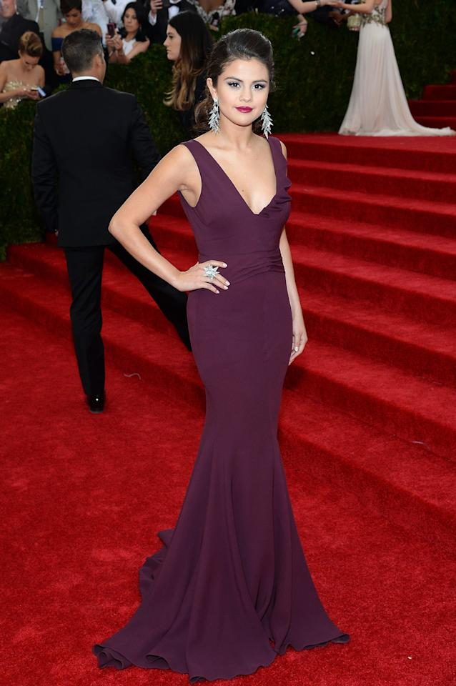 <p>We live for her matching lip and dress at the 2014 Met Gala.</p>