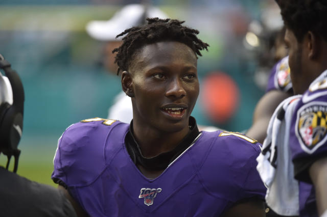 "A report linking <a class=""link rapid-noclick-resp"" href=""/nfl/players/31857/"" data-ylk=""slk:Marquise Brown"">Marquise Brown</a> to the lawsuit against his cousin <a class=""link rapid-noclick-resp"" href=""/nfl/players/24171/"" data-ylk=""slk:Antonio Brown"">Antonio Brown</a> is ""the last thing"" on <a class=""link rapid-noclick-resp"" href=""/nfl/teams/baltimore/"" data-ylk=""slk:Ravens"">Ravens</a> coach John Harbaugh's mind. (Getty)"