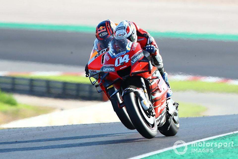 "Andrea Dovizioso, Ducati Team, Stefan Bradl, Repsol Honda Team<span class=""copyright"">Gold and Goose / Motorsport Images</span>"