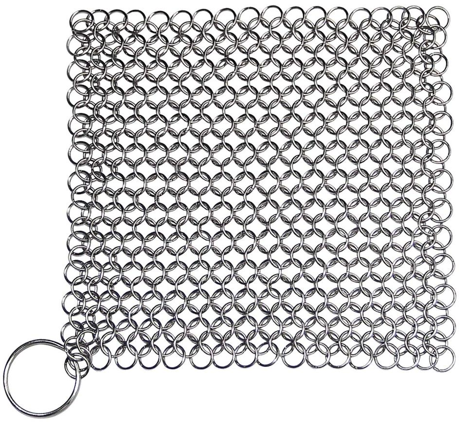 Stainless Steel Kitchenware Cleaner Cast Iron Cleaner Chainmail Scrubber (Photo: Walmart)