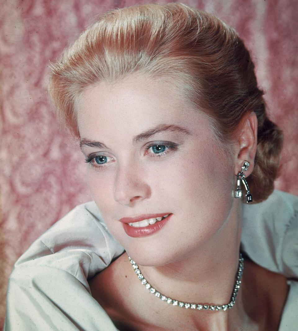 """<p>The ever-stylish Grace Kelly donned elegant hairdos that influenced American women in the early '50s, prior to her <a href=""""http://www.goodhousekeeping.com/life/relationships/news/g3469/grace-kelly-prince-rainier-wedding/"""" rel=""""nofollow noopener"""" target=""""_blank"""" data-ylk=""""slk:marriage to Prince Rainier III of Monaco"""" class=""""link rapid-noclick-resp"""">marriage to Prince Rainier III of Monaco</a> and subsequent retirement from acting.</p>"""