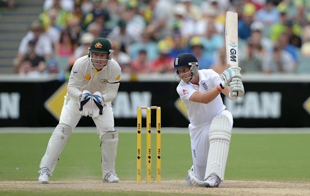 ADELAIDE, AUSTRALIA - DECEMBER 08: Joe Root of England bats during day four of the Second Ashes Test Match between Australia and England at Adelaide Oval on December 8, 2013 in Adelaide, Australia. (Photo by Gareth Copley/Getty Images)