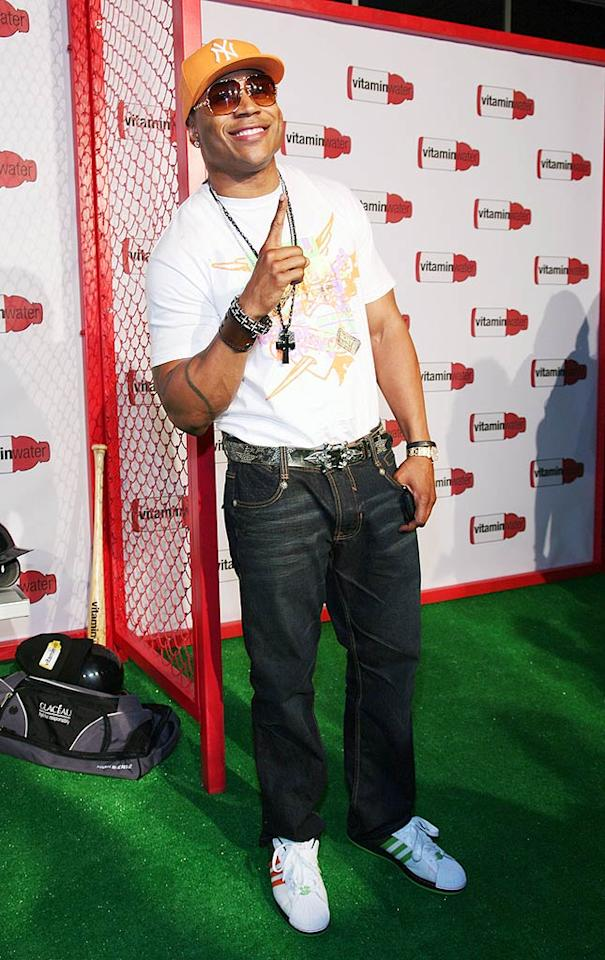 """Between the hat, the sunglasses, the necklace, the belt, and the bracelets, LL Cool J is a tad over-accessorized, but we still can't help but love him! Astrid Stawiarz/<a href=""""http://www.gettyimages.com/"""" target=""""new"""">GettyImages.com</a> - July 14, 2008"""