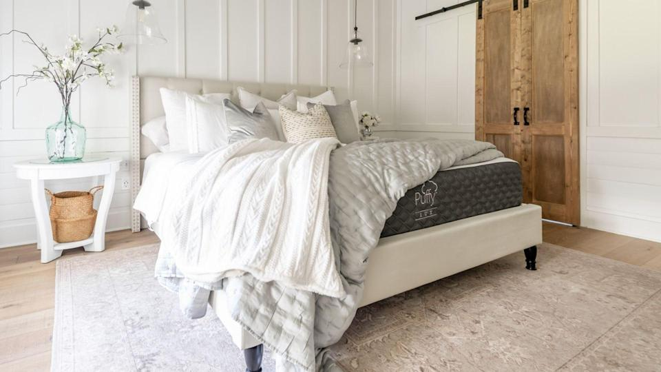 The Puffy Lux mattress is a great choice for people who prefer softer sleeping surfaces and a cradling sensation.