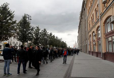 Participants attend a rally in support of Pavel Ustinov, in Moscow