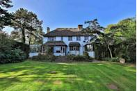 """<p>Set within an acre of gardens and grounds, this truly impressive period country house is the perfect home for those looking to escape to the countryside. With extensive improvements, you'll find everything you need including a dining room, lounge, conservatory and newly-fitted bathrooms. </p><p><a href=""""https://www.zoopla.co.uk/for-sale/details/56380093"""" rel=""""nofollow noopener"""" target=""""_blank"""" data-ylk=""""slk:This property is currently on the market for £750,000 with Peter Alan with Zoopla"""" class=""""link rapid-noclick-resp"""">This property is currently on the market for £750,000 with Peter Alan with Zoopla</a>. </p>"""