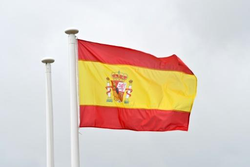 S&P raises Spain's rating outlook