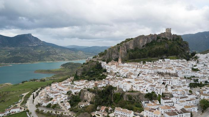 There hasn't been a single case of coronavirus in the Spanish hilltop town Zahara de la Sierra. (Getty Images)