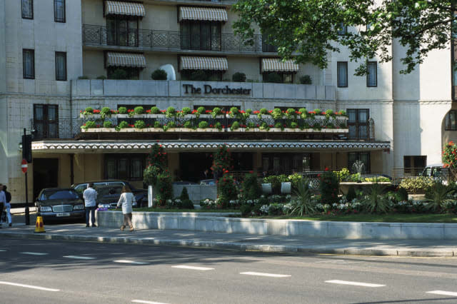 Dorchester Hotel's list of grooming rules doesn't go down well